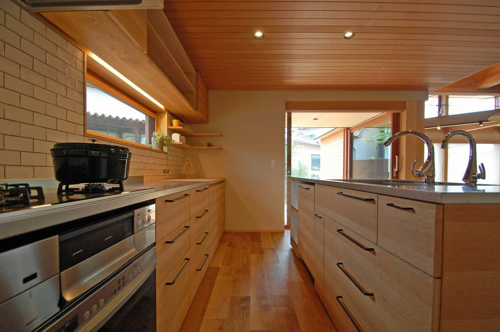H邸・キッチン