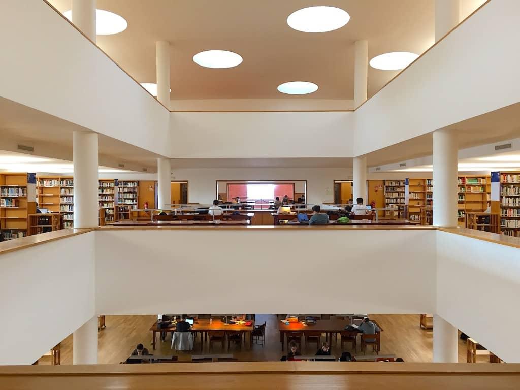 アヴェイロ大学図書館